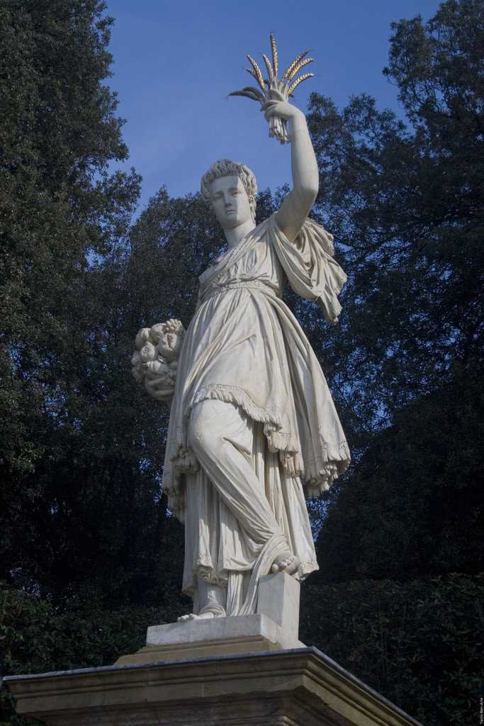 statua abbondanza boboli