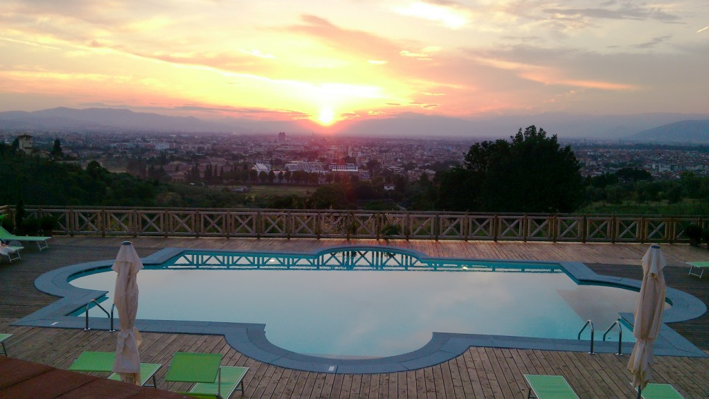Villa Tolomei Hotel Swimming Pool Sunset Florence R