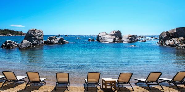 le-5-spiagge-più-belle-isola-cavallo-corsica-sud-hotel