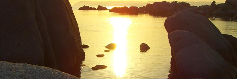 Le bellezze della Corsica: le rocce artistiche dell'isola di Cavallo