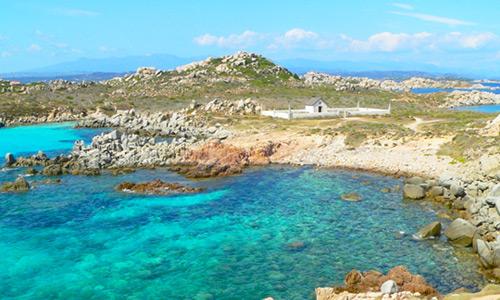 Escursioni-Corsica-Sud-5-posti-da-sogno-isola-Cavallo-lavezziEscursioni-Corsica-Sud-5-posti-da-sogno-isola-Cavallo-lavezzi